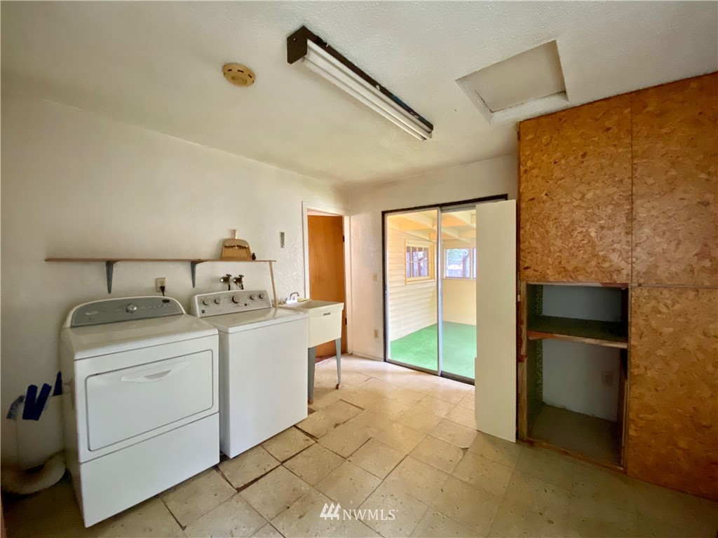 Sold Property | 222 E Street SW Auburn, WA 98001 9