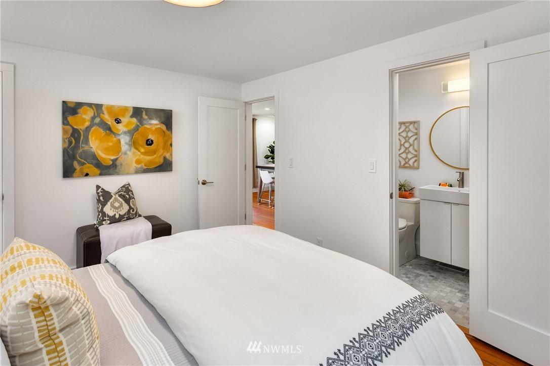 Sold Property   117 N 60th Street Seattle, WA 98103 14
