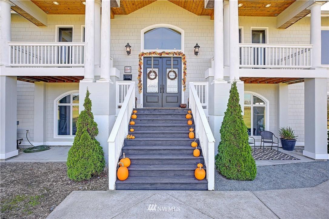Sold Property | 736 Bayview Court Camano Island, WA 98282 2