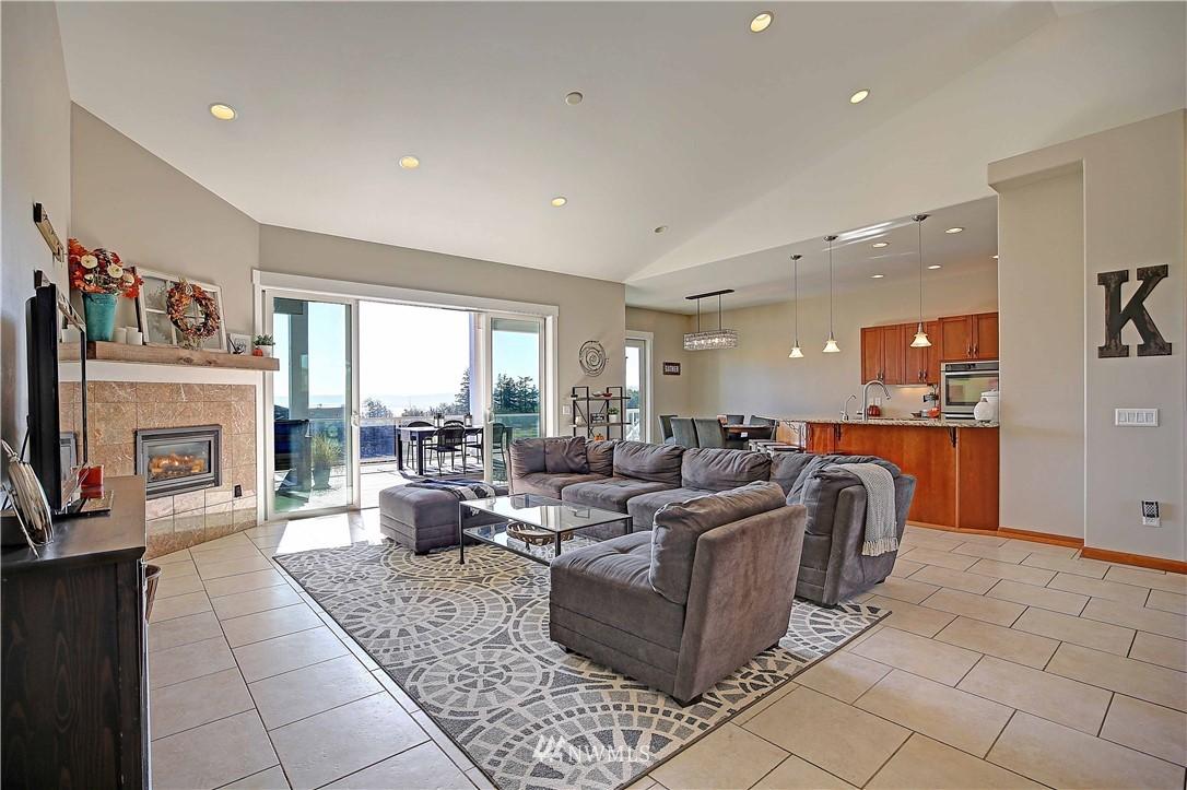 Sold Property | 736 Bayview Court Camano Island, WA 98282 4