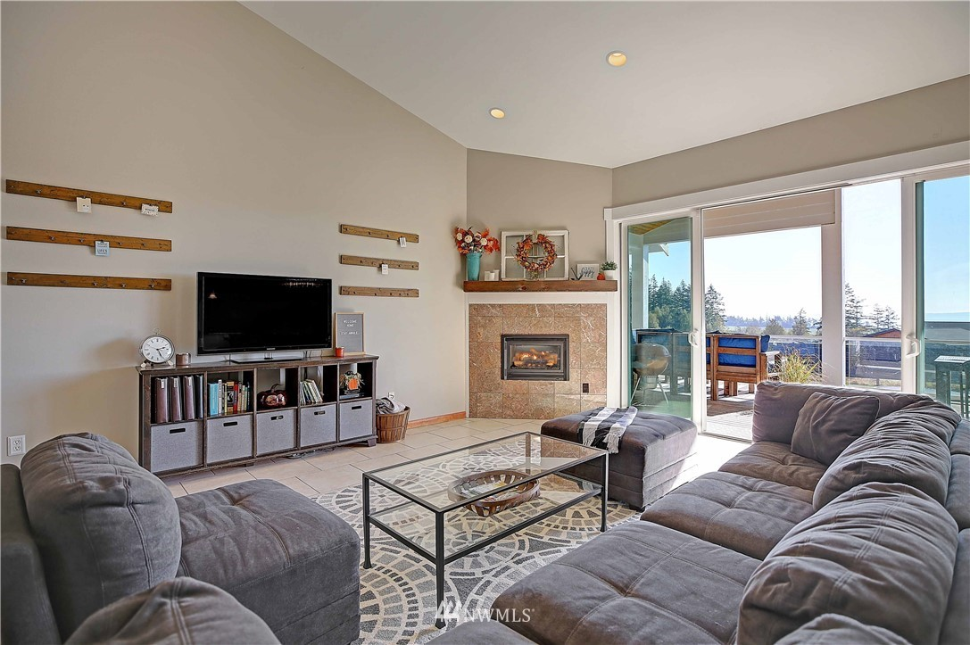 Sold Property | 736 Bayview Court Camano Island, WA 98282 5