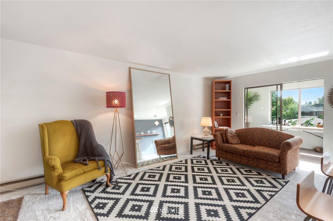 Sold Property | 2222 NE 92nd Street #312 Seattle, WA 98115 8