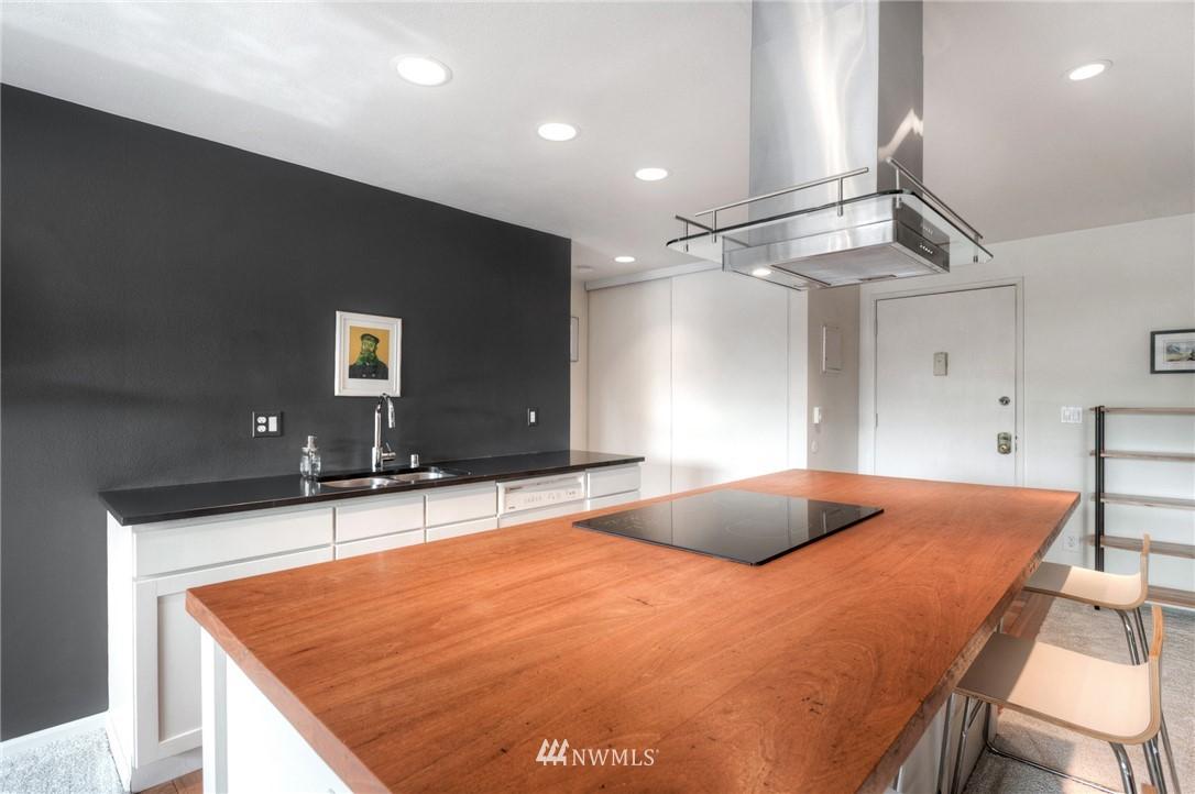 Sold Property | 2222 NE 92nd Street #312 Seattle, WA 98115 13
