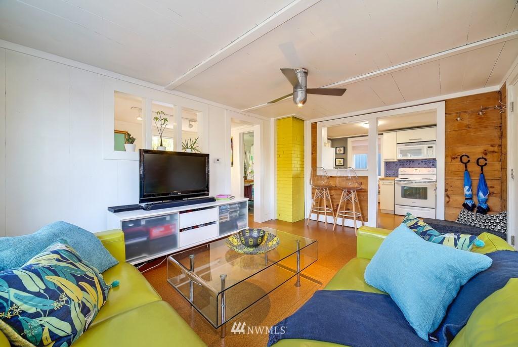 Sold Property | 711 S Rose Street Seattle, WA 98108 6