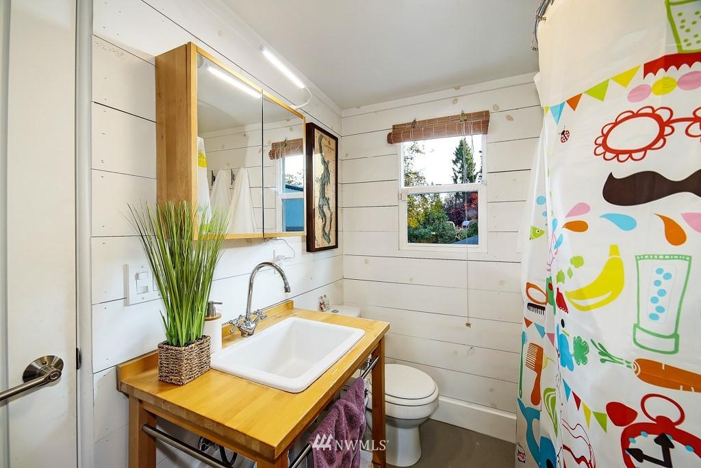 Sold Property | 711 S Rose Street Seattle, WA 98108 13