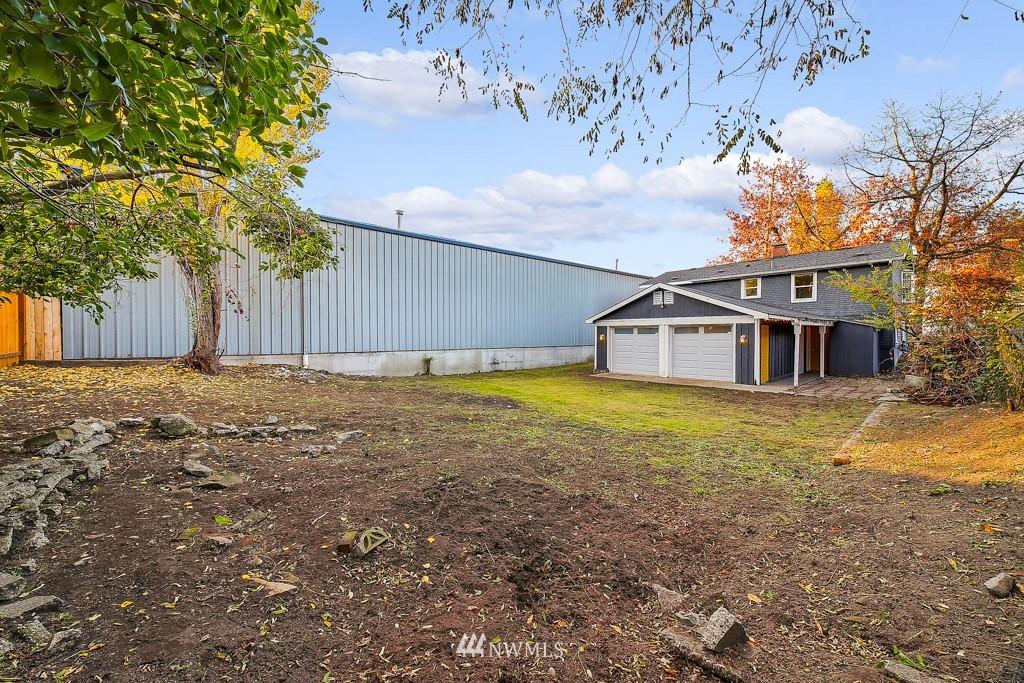 Sold Property | 711 S Rose Street Seattle, WA 98108 22