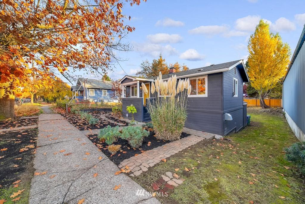 Sold Property | 711 S Rose Street Seattle, WA 98108 4