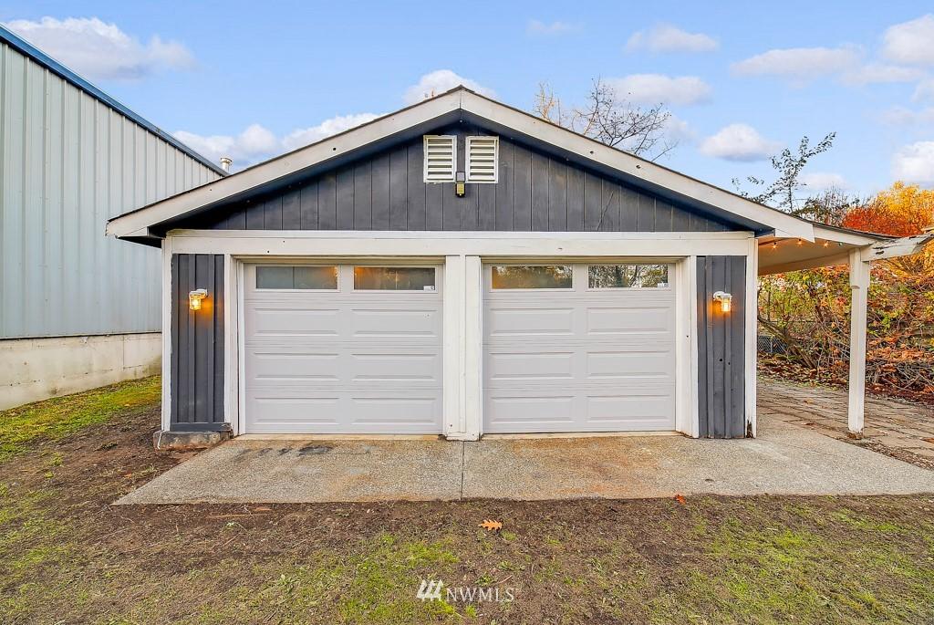 Sold Property | 711 S Rose Street Seattle, WA 98108 19