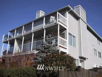 Sold Property | 221 3rd Avenue S #6 Edmonds, WA 98020 0
