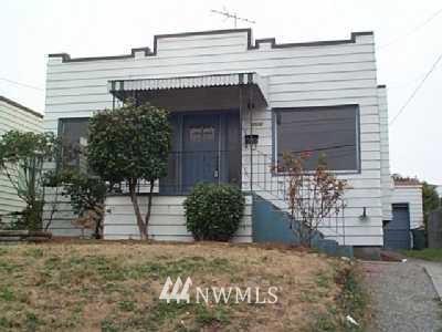 Sold Property | 1118 N 77th Seattle, WA 98103 0