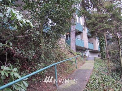 Sold Property | 1015 W Nickerson Street #226 Seattle, WA 98119 0