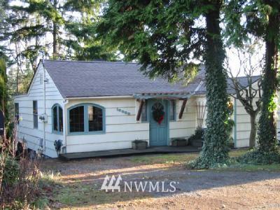 Sold Property | 18002 25 NE Lake Forest Park, WA 98155 0