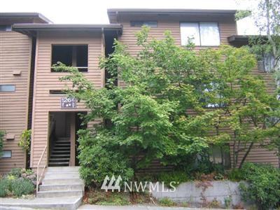 Sold Property | 126 SW 116 Street #E-22 Seattle, WA 98146 0