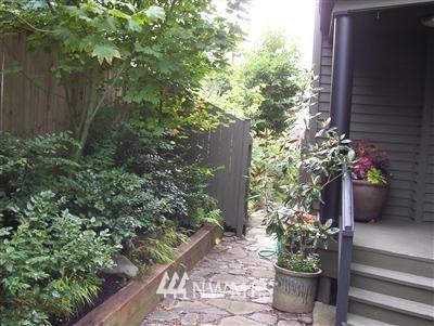 Sold Property | 538 29th Avenue S Seattle, WA 98144 0