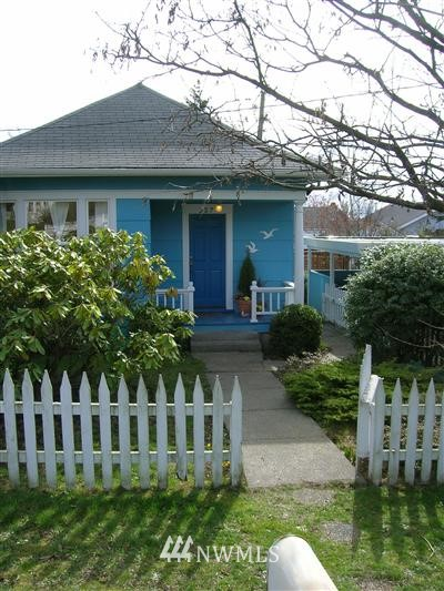Sold Property | 327 N 104th Seattle, WA 98133 0