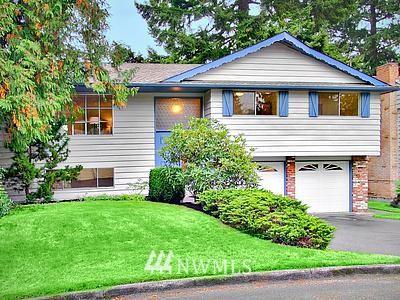 Sold Property | 2109 N 159th Street Shoreline, WA 98133 0