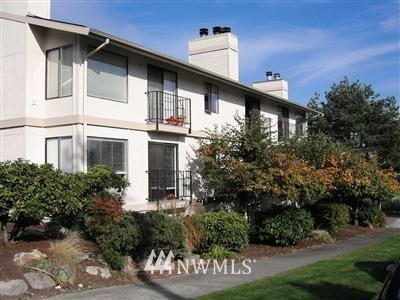 Sold Property   566 Highland Drive #302 Seattle, WA 98109 0