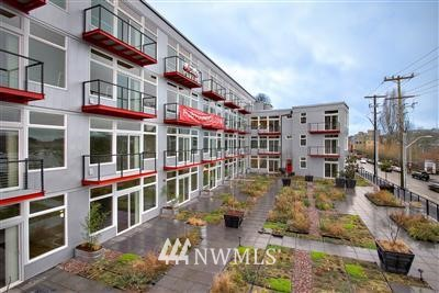 Sold Property | 2960 Eastlake Avenue E #214 Seattle, WA 98102 0