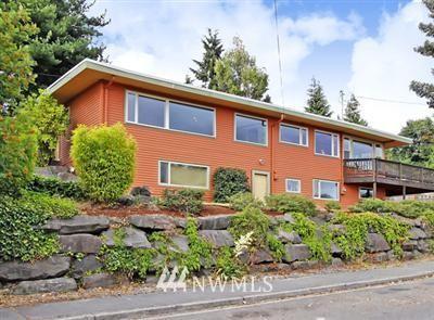 Sold Property | 4002 Greenwood Avenue N Seattle, WA 98103 0