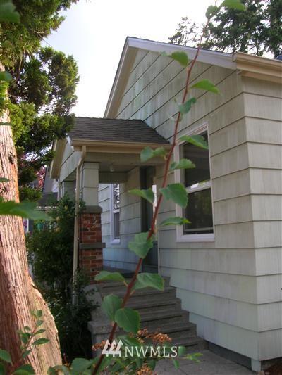Sold Property | 7229 Palatine Avenue N Seattle, WA 98103 0