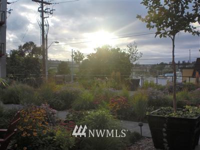 Sold Property | 2960 Eastlake Avenue E #114 Seattle, WA 98102 0