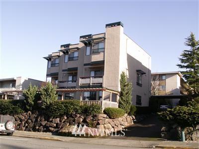 Sold Property   1067 5th Avenue S #101 Edmonds, WA 98020 0