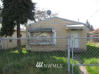 Sold Property | 719 N 101st Street Seattle, WA 98133 0