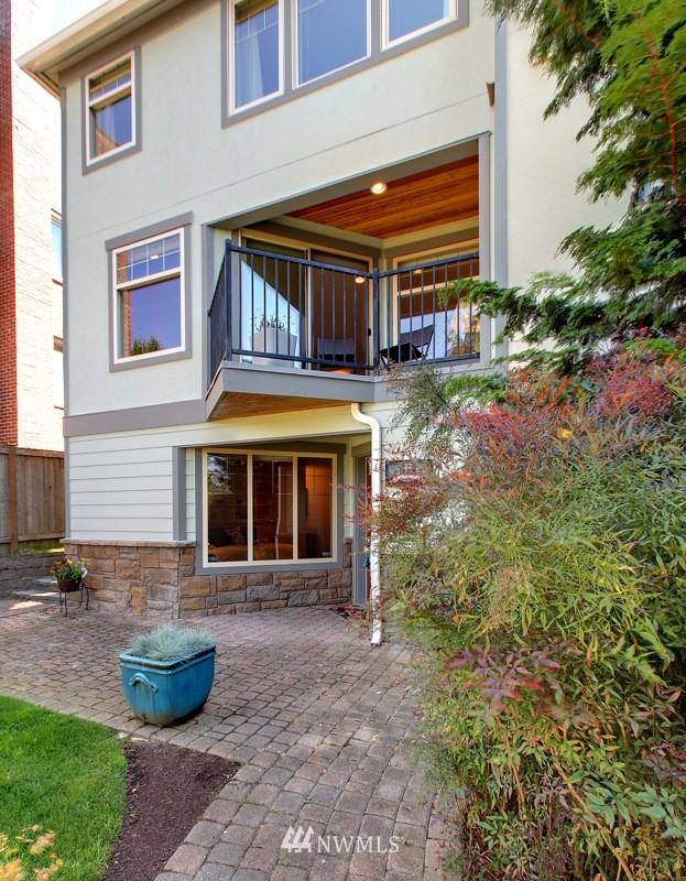 Sold Property   4423 Phinney Avenue N #E Seattle, WA 98103 0