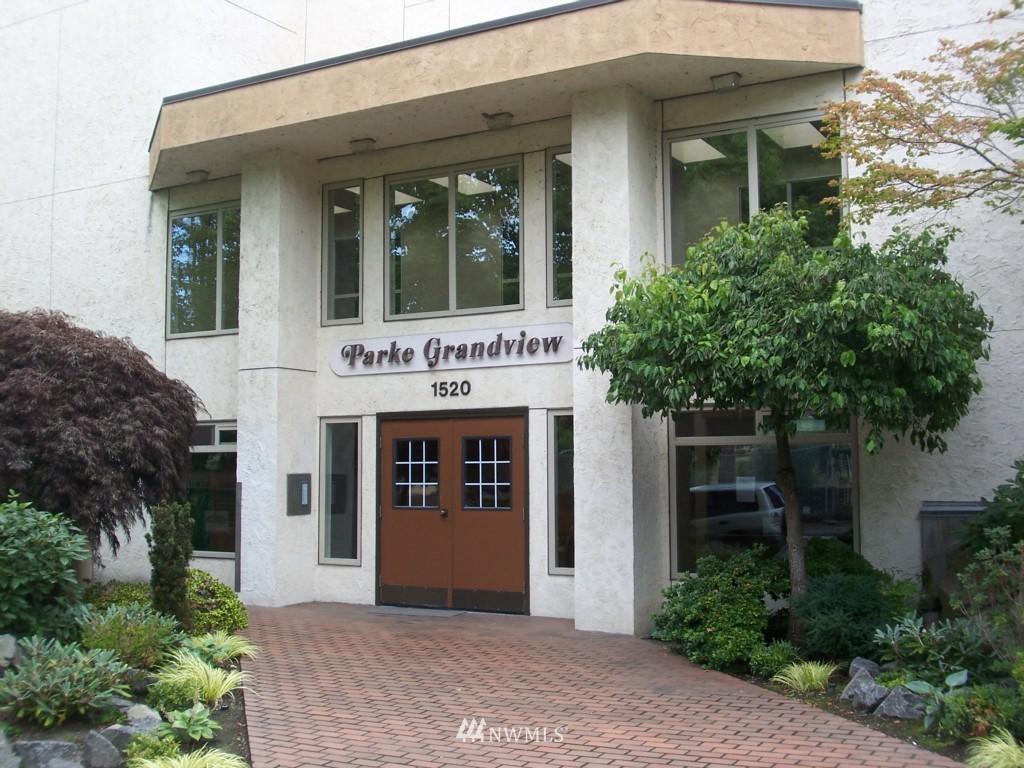 Sold Property | 1520 15th Avenue E #20 Seattle, WA 98112 0
