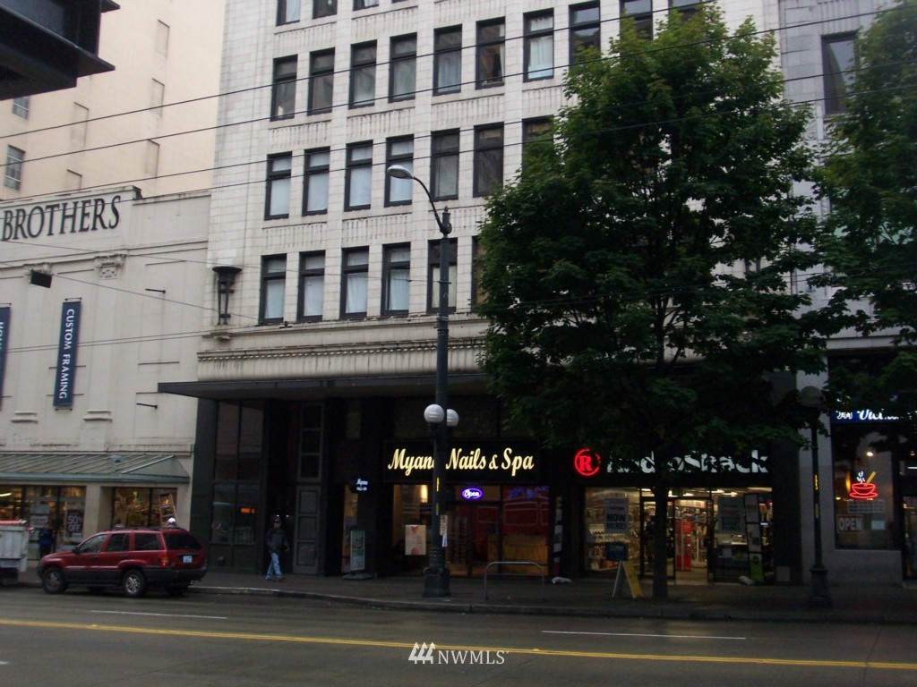 Sold Property | 1519 3rd Avenue #303 Seattle, WA 98101 0