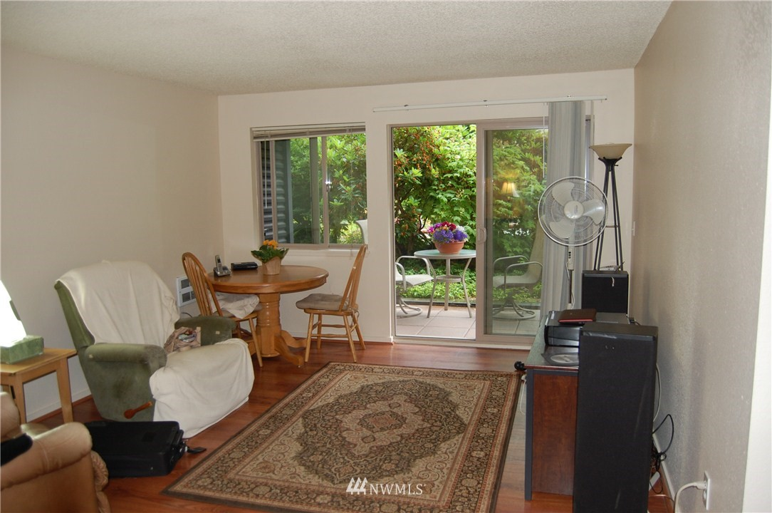 Sold Property | 275 W Roy Street #113 Seattle, WA 98119 1