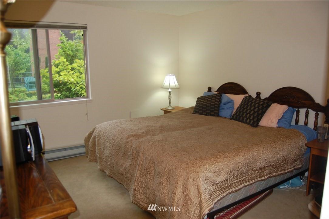 Sold Property | 275 W Roy Street #113 Seattle, WA 98119 5