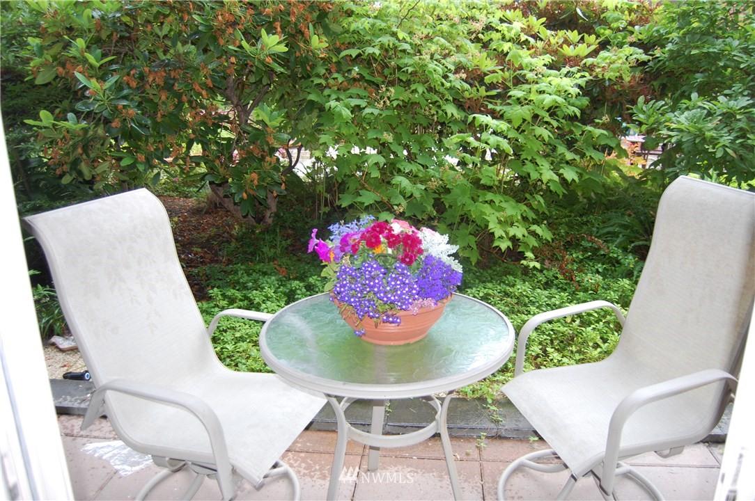 Sold Property | 275 W Roy Street #113 Seattle, WA 98119 7