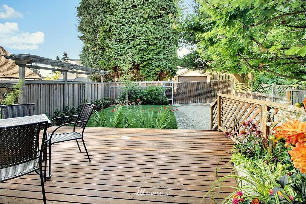 Sold Property | 8007 17th Avenue NE Seattle, WA 98115 6