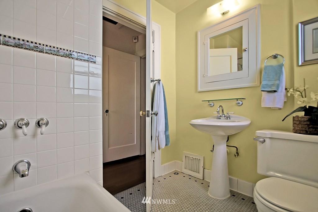 Sold Property | 8007 17th Avenue NE Seattle, WA 98115 7