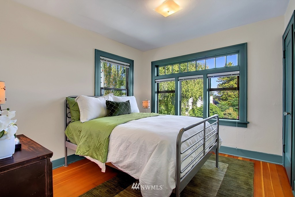 Sold Property | 8007 17th Avenue NE Seattle, WA 98115 8