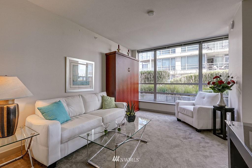 Sold Property | 2929 1st Avenue #606 Seattle, WA 98121 6