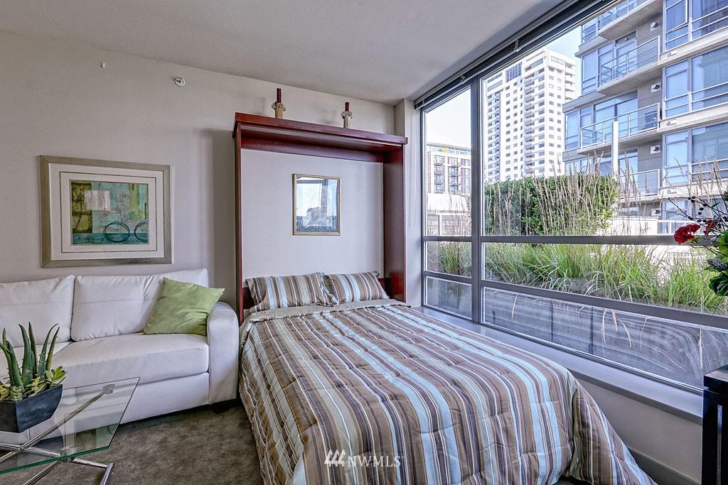 Sold Property | 2929 1st Avenue #606 Seattle, WA 98121 8