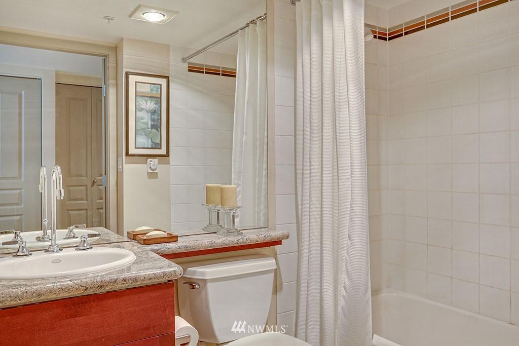Sold Property | 2929 1st Avenue #606 Seattle, WA 98121 10