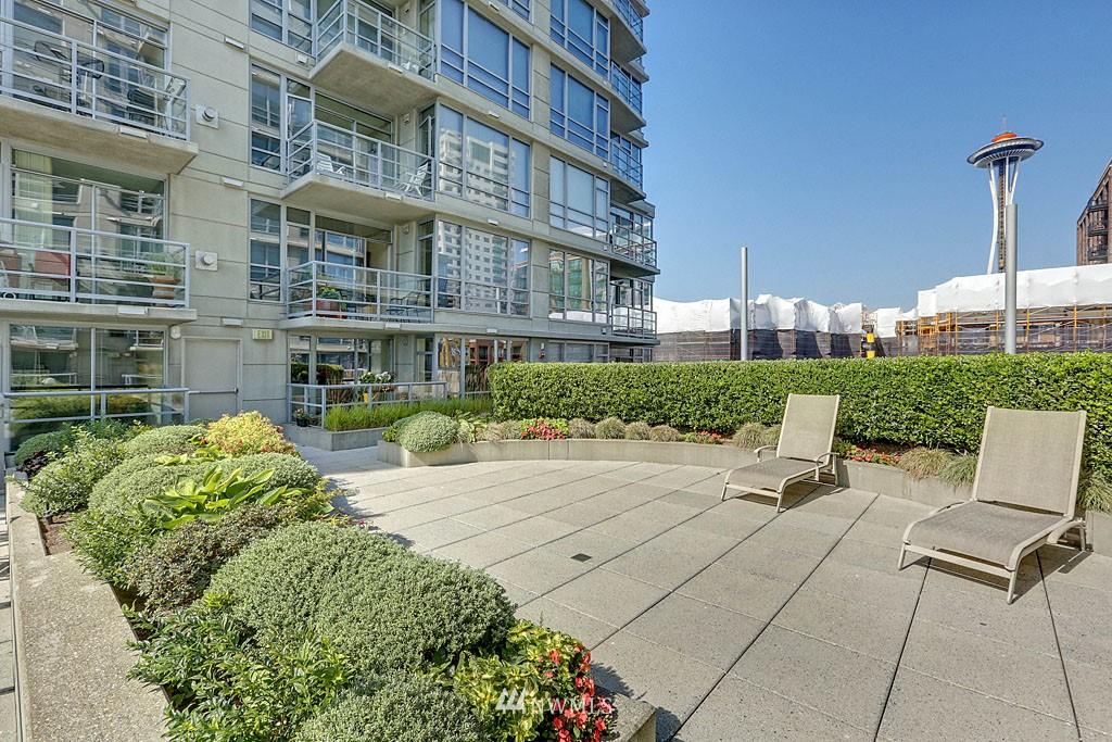 Sold Property | 2929 1st Avenue #606 Seattle, WA 98121 12