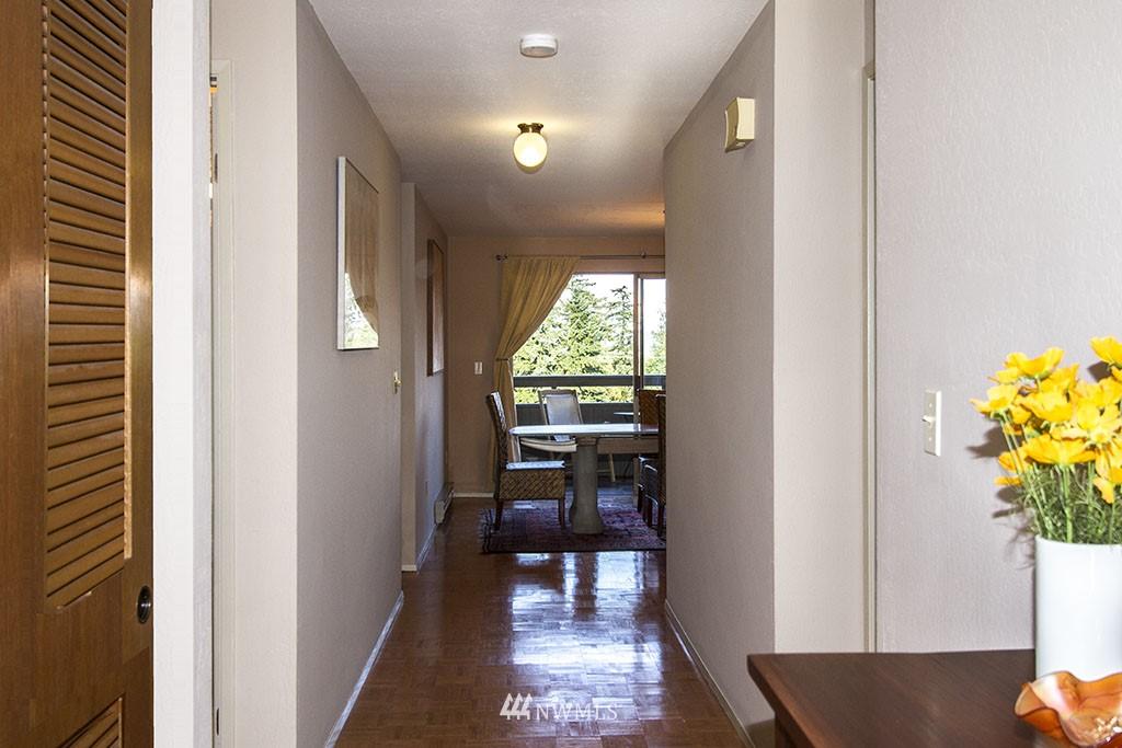 Sold Property | 6708 Parkpoint  Way NE Seattle, WA 98115 1
