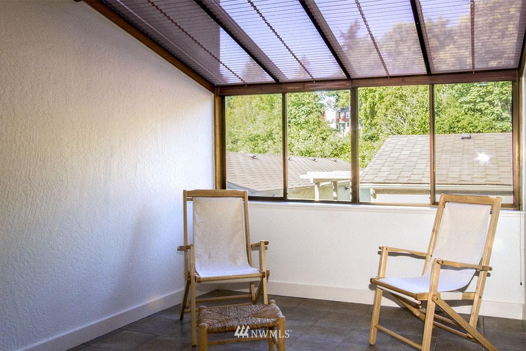 Sold Property | 6708 Parkpoint  Way NE Seattle, WA 98115 10