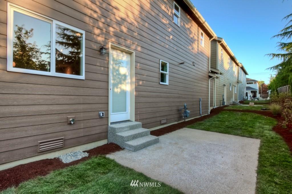 Sold Property   21410 40th Court W Mountlake Terrace, WA 98043 11