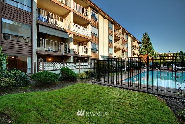 Sold Property | 10501 8th Avenue NE #134 Seattle, WA 98125 8