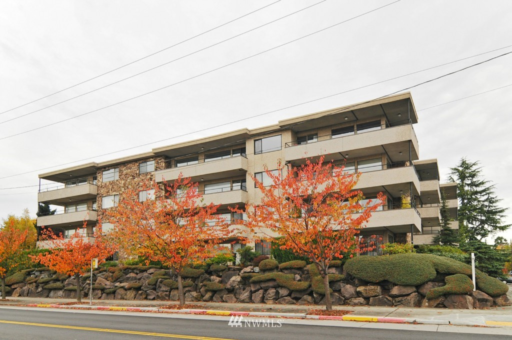 Sold Property | 8501 12th Avenue NW #103 Seattle, WA 98117 0