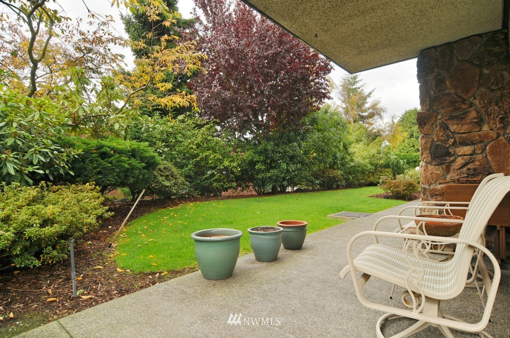 Sold Property | 8501 12th Avenue NW #103 Seattle, WA 98117 13