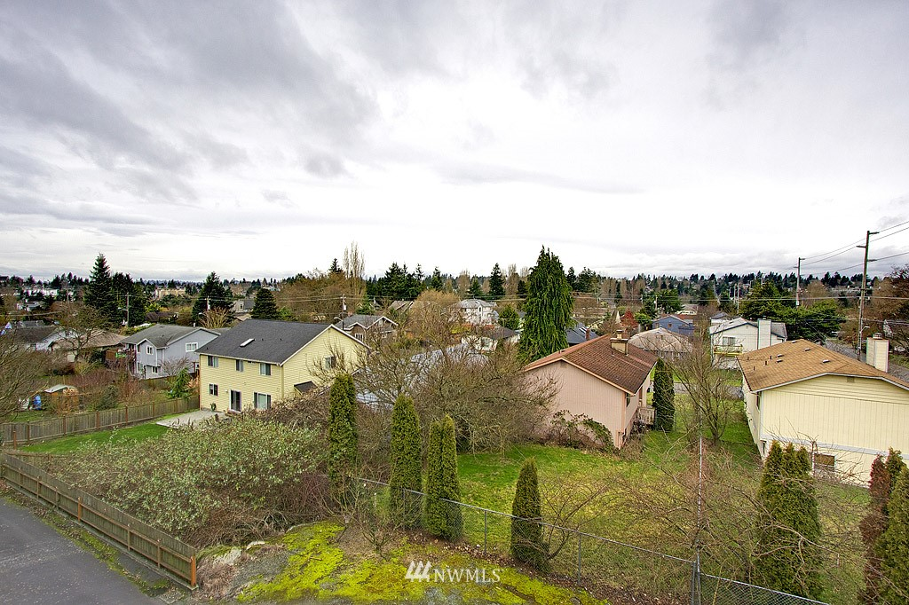 Sold Property | 9255 Greenwood  Avenue N #22 Seattle, WA 98103 0