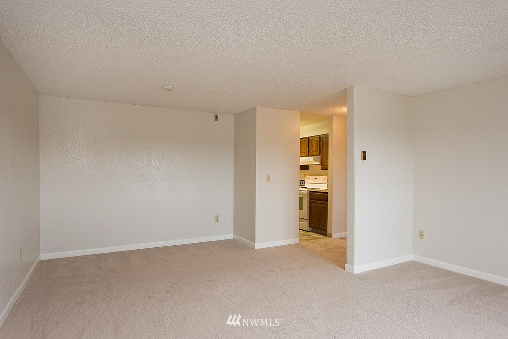 Sold Property | 9255 Greenwood  Avenue N #22 Seattle, WA 98103 2