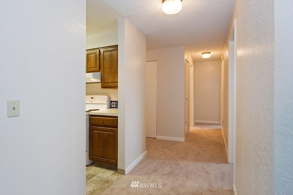 Sold Property | 9255 Greenwood  Avenue N #22 Seattle, WA 98103 3