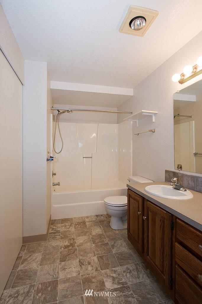 Sold Property | 9255 Greenwood  Avenue N #22 Seattle, WA 98103 7
